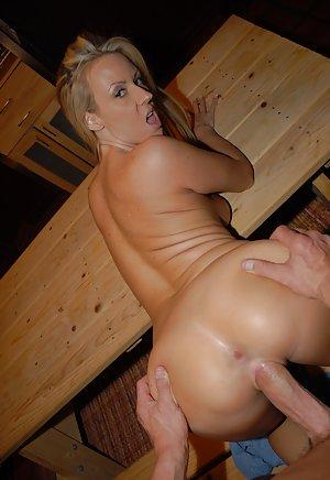 Milf Big Cocks Porn Pics