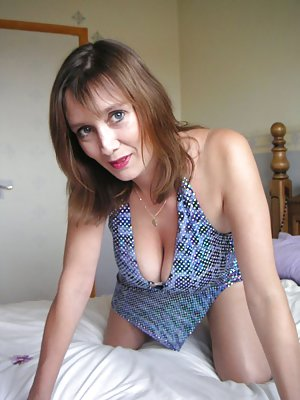 horny mom adult match girl in edmonton