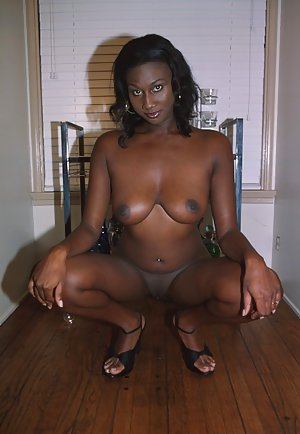 Black Milf Porn Pics