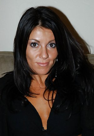 Latina Milf Porn Pics