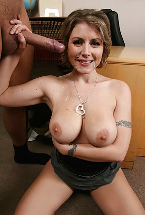 Milf Cumshot Porn Pics