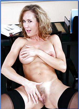 Milf Pornstar Porn Pics