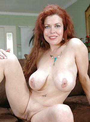 Milf Pussy Porn Pics