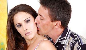 Milf Kissing Porn Pics