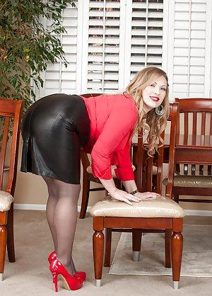 Milf High Heels Porn Pics