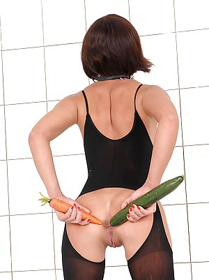 Fetish Milf Porn Pics