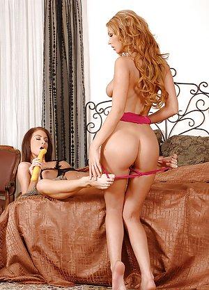 Lesbian Milf Porn Pics