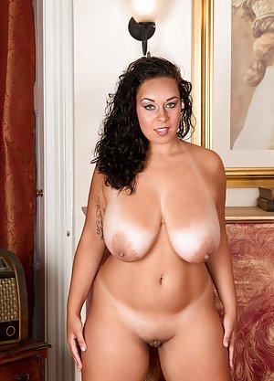 BBW Milfs Porn Pics