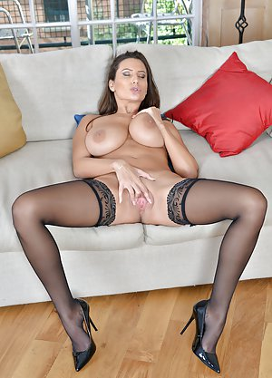 High heeled milf