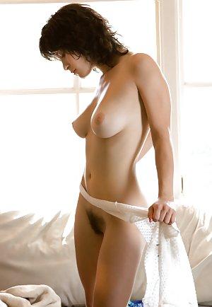 Hairy Pussy Milf Porn Pics