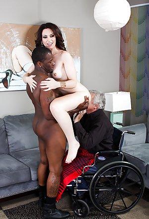 Interracial Milf Porn Pics
