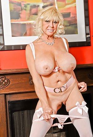 Granny Milf Porn Pics